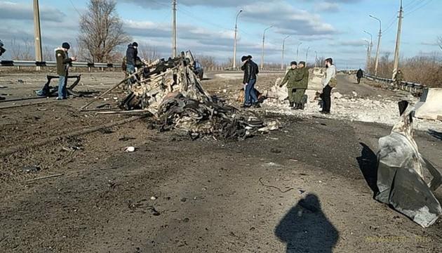 У КПВВ Еленовка взорвался микроавтобус с людьми, есть жертвы