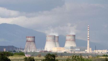 Азербайджан угрожает ракетным ударом по Армянской АЭС