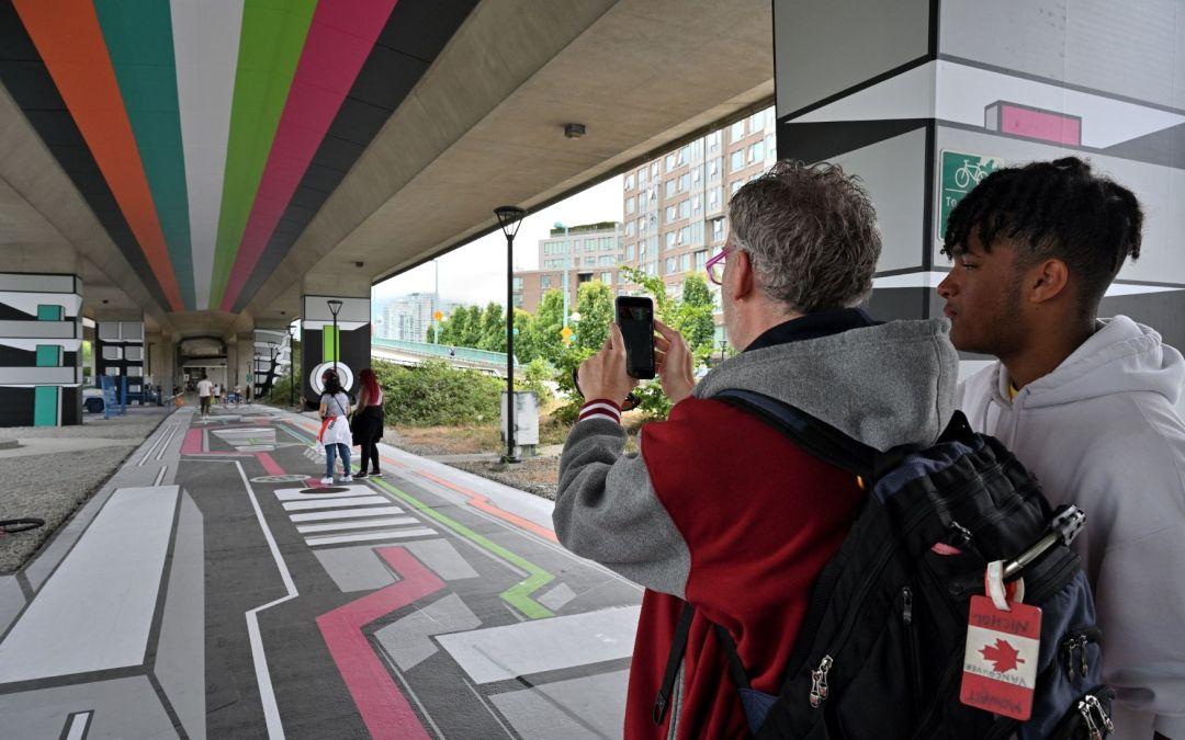 ISA-UK member Drytac's Polar Grip and Interlam Pro films used for innovative art installation