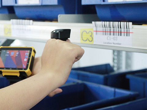 SCALA first to bring new hands-free barcode scanning technology to UK market