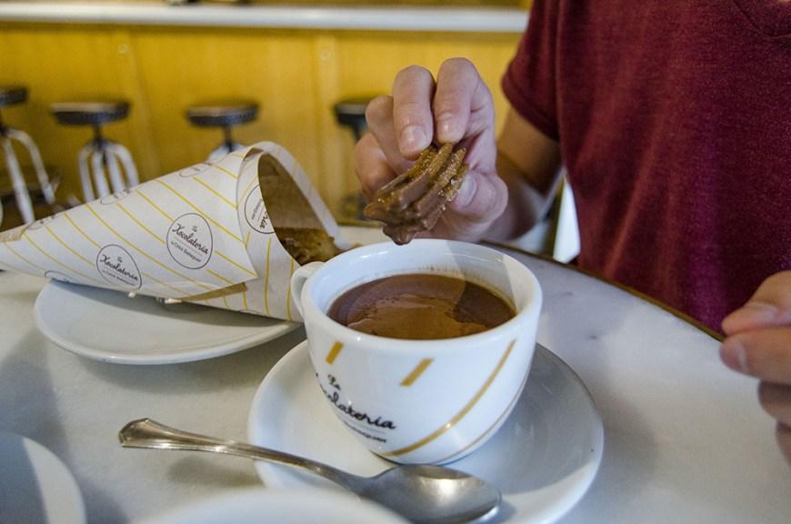 Chocolat chaud et churros Xocolateria