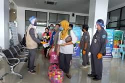 Seorang TKI Deportasi dari Malaysia Dinyatakan Positif COVID-19
