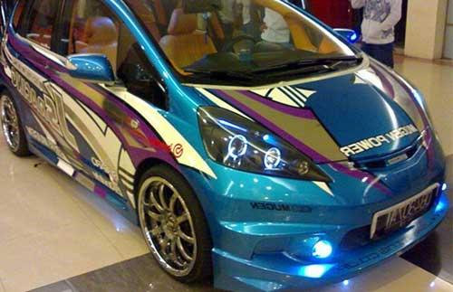 Modifikasi Mobil Honda Jazz