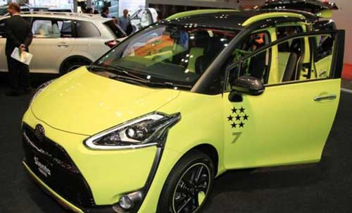 Modifikasi Toyota All New Sienta Kuning