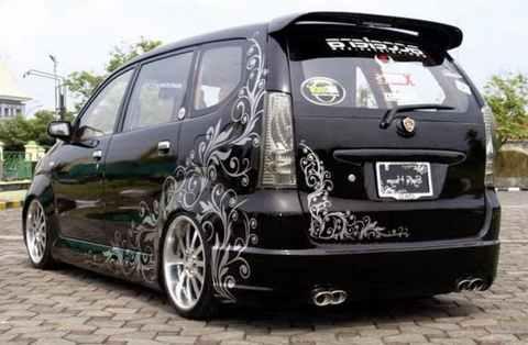 Modifikasi Daihatsu Xenia Hitam