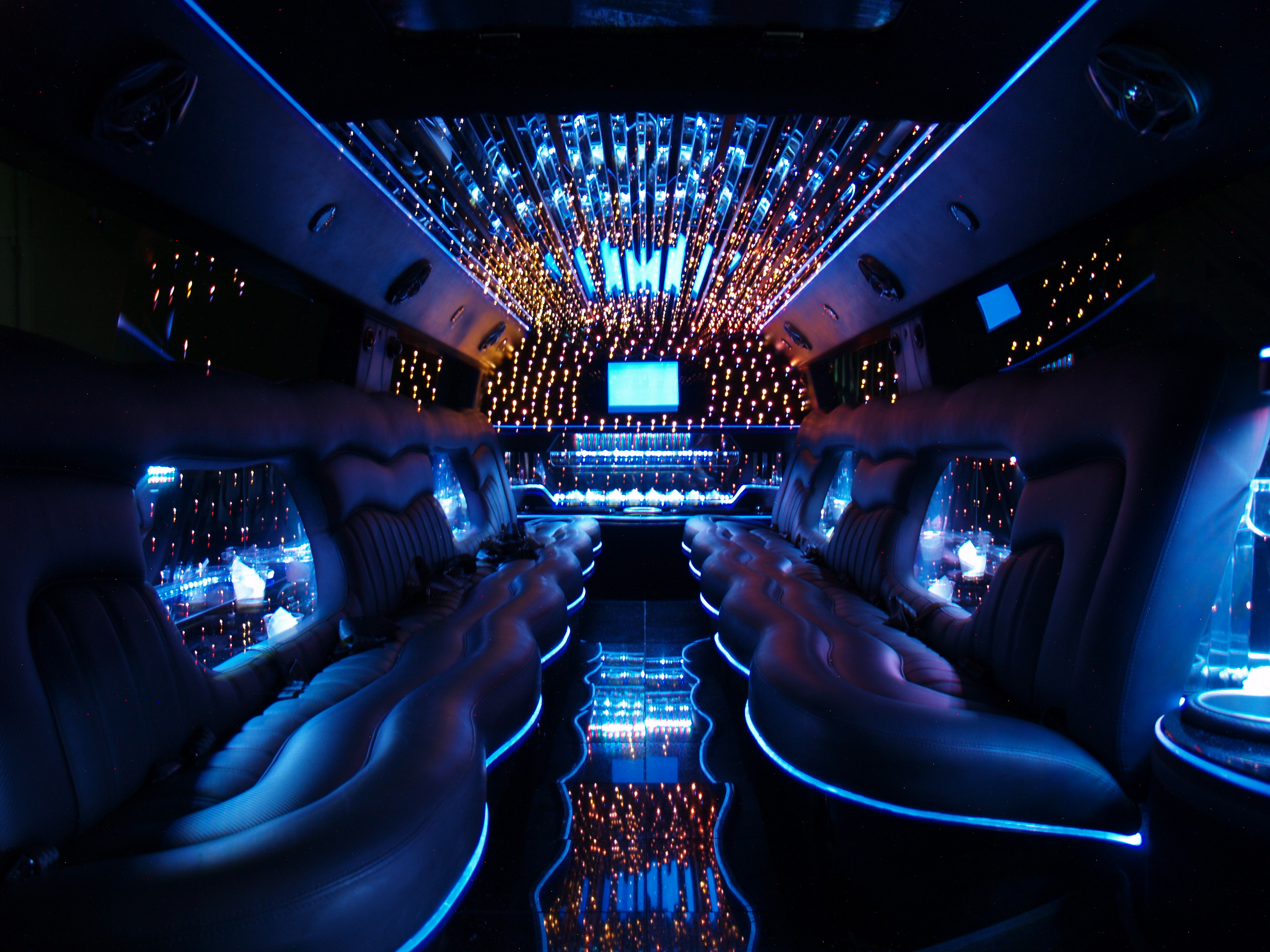 Orange County Luxury Hummer SUV Limo Rental Services