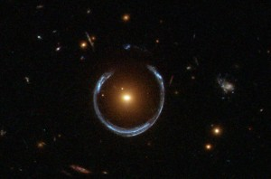 A_Horseshoe_Einstein_Ring_from_Hubble