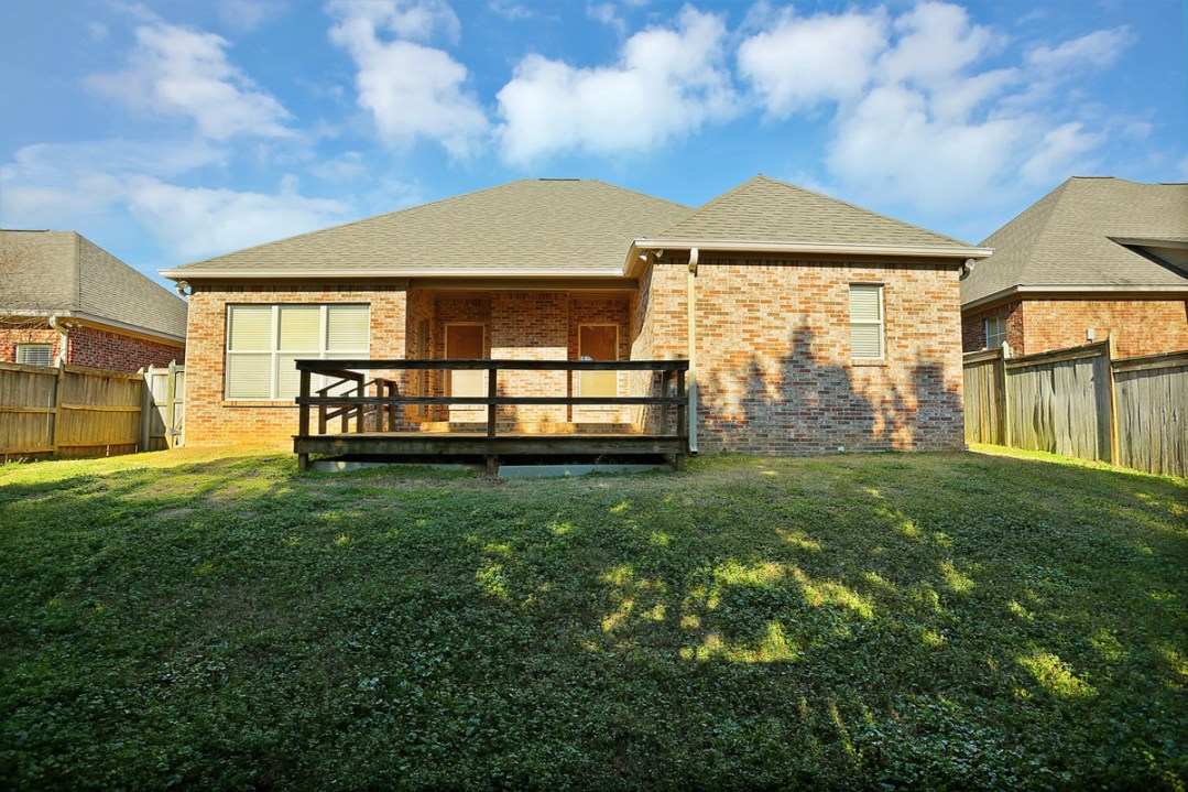 21_581_Clubhouse_Dr_21_mls