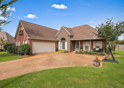 211 Crown Pointe Cir | Pearl