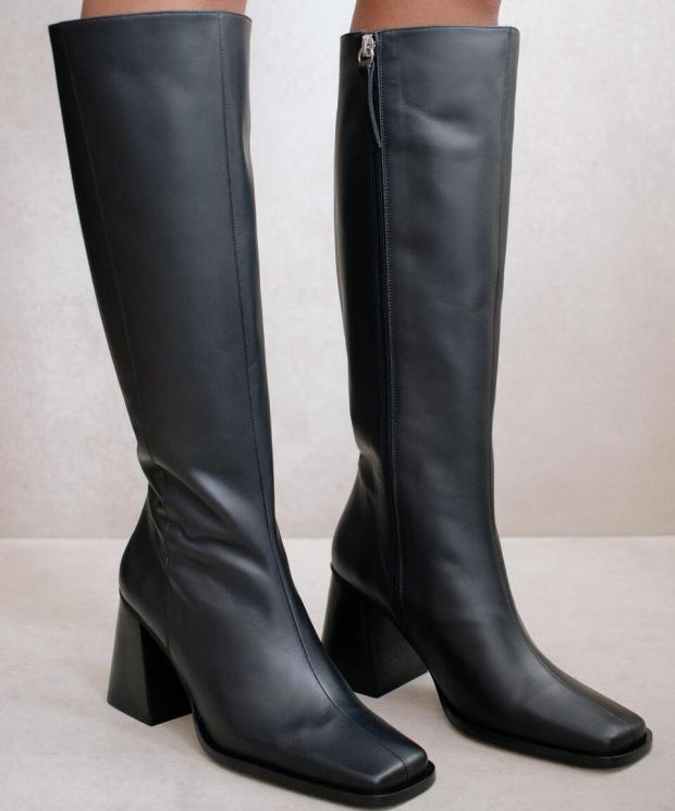 North Total Black Boots