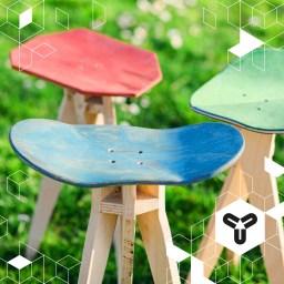 """Unter dem Motto """"every deck needs a home"""" kreiert das Ulmer Label Decktree aus alten gespendeten Skateboards individuelle Hocker. Als Teil eines nicht-kommerziellen Nachhaltigkeitsprojekts, werden die Hocker dann zum Selbstkostenpreis inkl. einer Baum-Spende an """"plant for the planet"""" verkauft. Wir finden das mehr als gut! Weiter so!"""