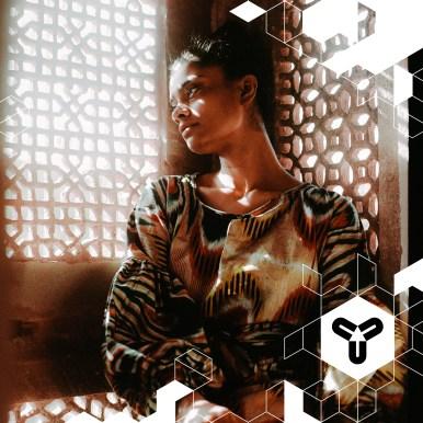 """""""Zazi uses the overwhelming beauty that is already there"""" Aus einer engen Verbindung zu Indien und dortigen humanitären Einrichtungen, entstehen die Teile des Labels Zazi Vintage. Ziel ist es, eine Brücke zwischen """"hier"""" und """"dort"""" zu schlagen. Und das mit Mode aus Stoffen, die anderswo aussortiert wurden. Kein Textil wird dafür extra produziert. So entsteht was wunderbar-schickes, mit einem schönen Hintergrund. <3 www.zazi-vintage.com"""