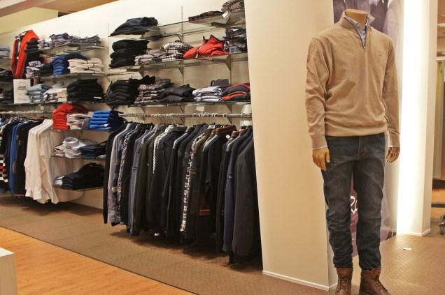 clothing-650374_1280.jpg
