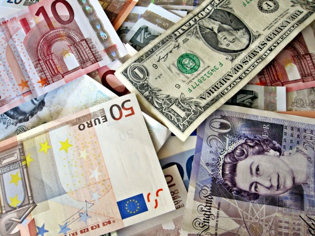 euro dollar pound.jpg