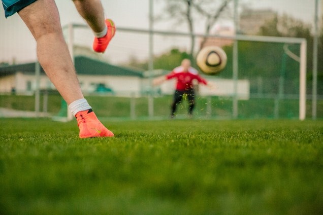football-1274661_1280.jpg