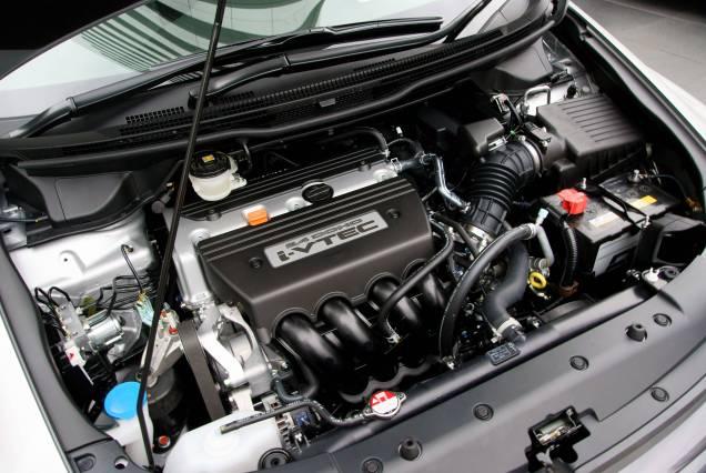 Honda_K24A_Engine_01.JPG