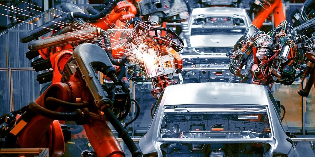 Mejorar el rendimiento de la producción automotriz