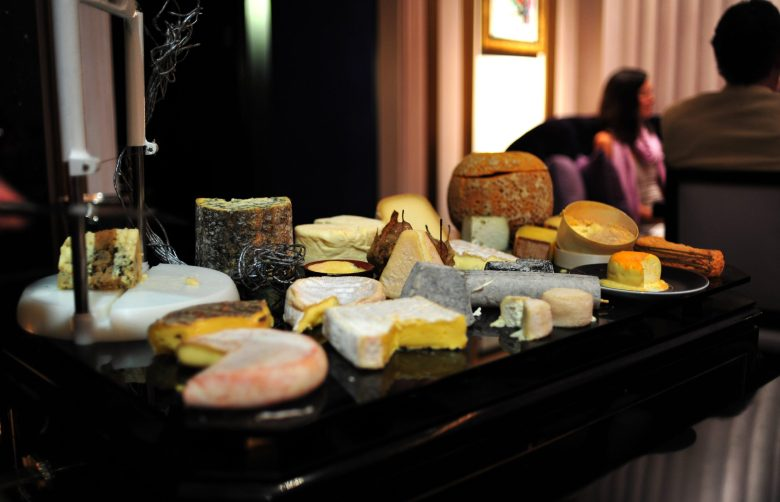 11th Course: Les Fromages