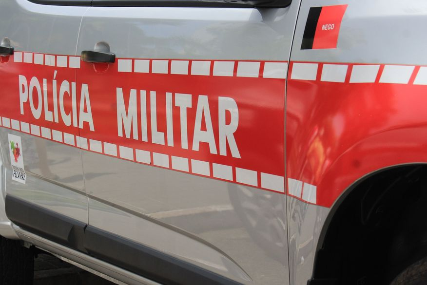 Policiais militares em viatura sofrem acidente em rodovia da Paraíba