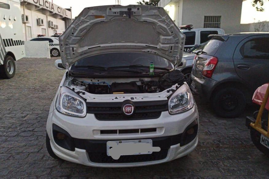 Polícia Civil prende dois homens por comercialização de veículos clonados em Campina Grande