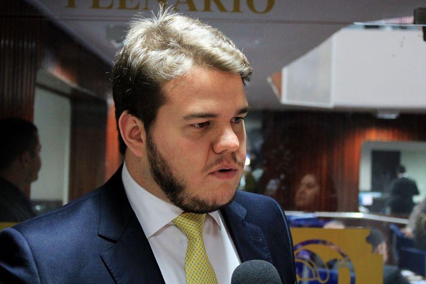 Ex-ministro Kassab, presidente nacional do PSD, defende Bruno Cunha Lima como candidato em Campina Grande