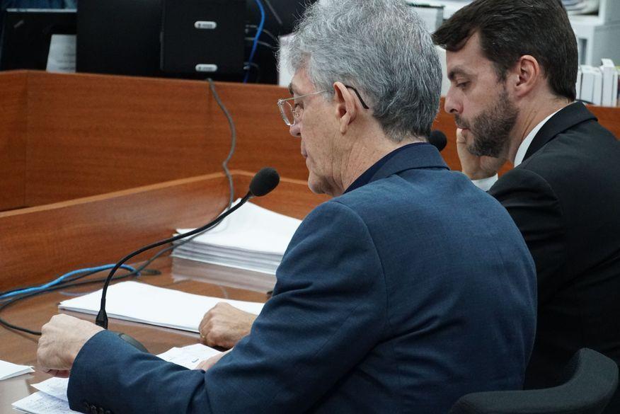 Tribunal Superior Eleitoral adia julgamento do recurso que pede a inegibilidade de Ricardo Coutinho