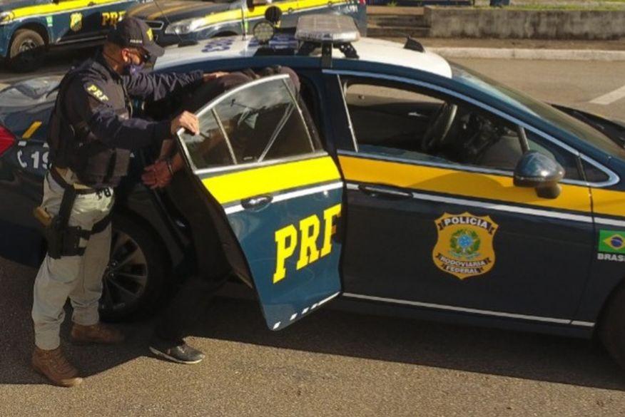 PRF prende foragidos da Justiça durante abordagens em Campina Grande e em Esperança