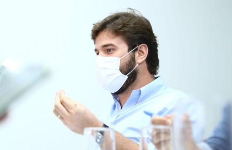 Bruno Cunha Lima emite decreto com regras para a educação em Campina Grande