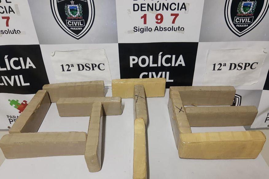 Polícia Civil prende três pessoas e apreende mais de 10 Kg de drogas em Barra de Santa Rosa
