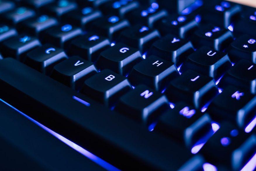 Microsoft libera atualização de emergência no Windows para corrigir falha de segurança