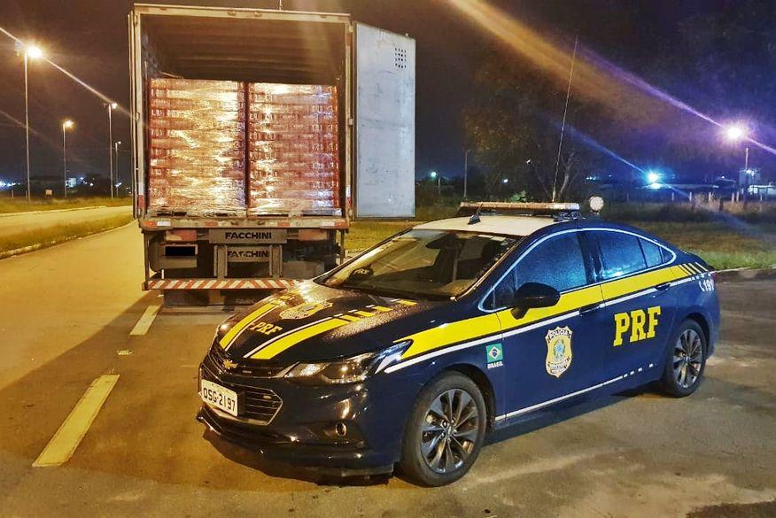 Acidente envolvendo dois carros deixa uma pessoa morta na BR-230, na Paraíba