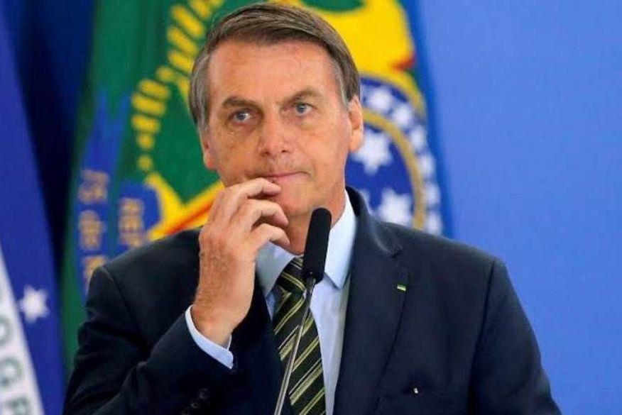 Bolsonaro fará teste de Covid-19 neste fim de semana após casos em comitiva