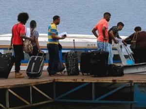 Llegaron 32 repatriados desde Trinidad-Tobago