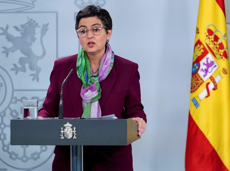 España valora como positivo indulto decretado por Maduro