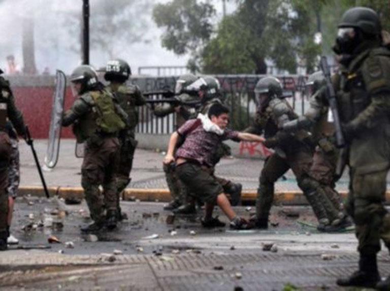 Detienen a 62 personas en nuevas protestas en Chile