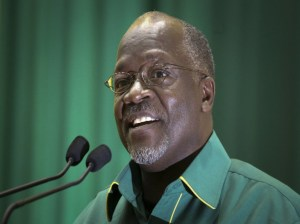 Presidente de Tanzania John Magufuli muere por complicaciones cardíacas