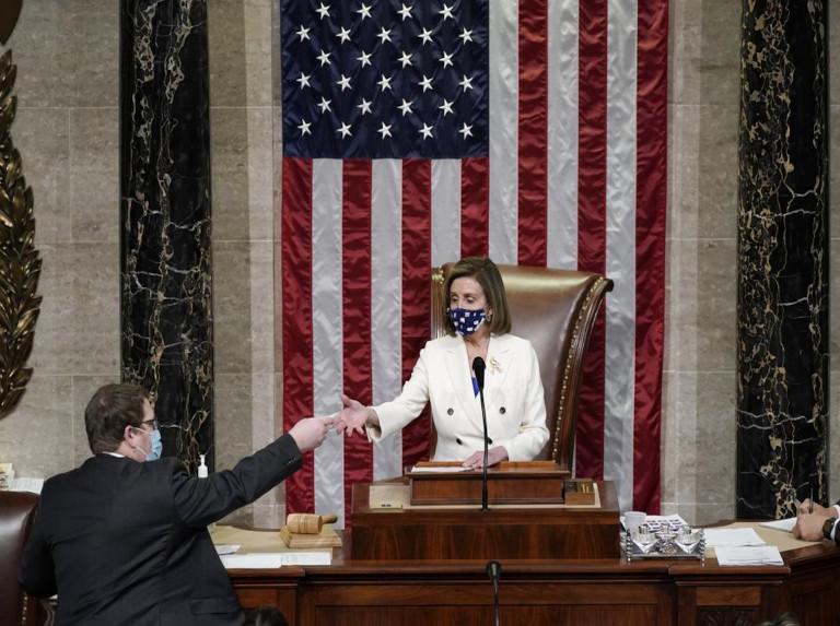 Biden gana en el Congreso con aprobación de ley de ayuda por Covid-19