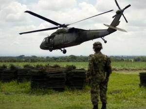 Reportan muerte de 10 guerrilleros y un militar en enfrentamientos en Colombia