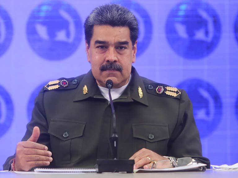 Maduro denunció planes para robar armas de la República desde Colombia