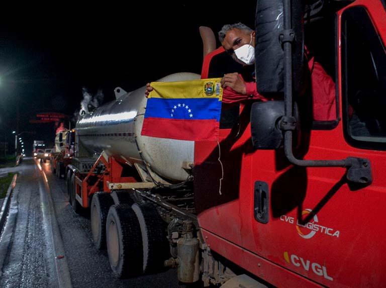 Bolsonaro fija 2 de abril para la salida de diplomáticos venezolanos