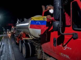 Bolsonaro sets April 2 for Venezuelan diplomats departure