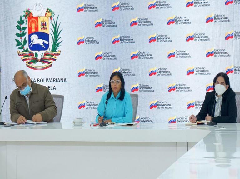 Delcy Rodríguez revisó acceso a vacunas Covax con la OMS