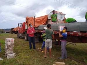 Comunidad indígena Kumarakapay recibe kits de viviendas