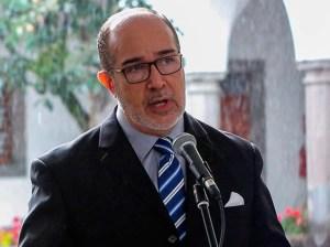 Renuncia tercer ministro de Salud de Ecuador