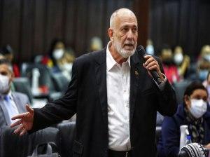 Mario Silva criticó silencio de la oposición ante su apoyo al bloqueo