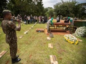 Brasil rebasó los 380 mil muertos a causa del covid-19
