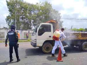 They disinfect public spaces and avenues of Tucupita