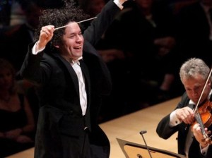 "Dudamel will direct ""Symphony"", which mixes music with virtual reality"