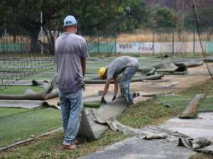 They will rehabilitate 25 artificial grass fields for soccer 5 and 7