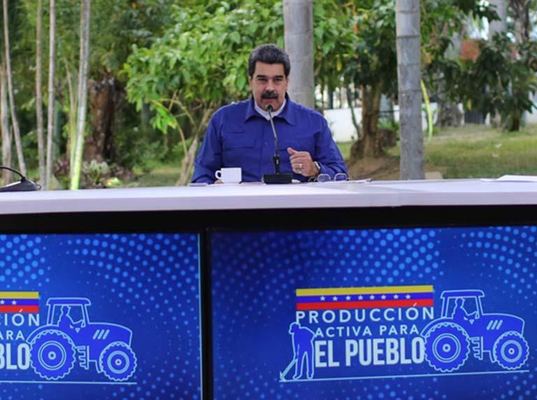 Jefe de Estado pide regularizar distribución de Diesel en el país
